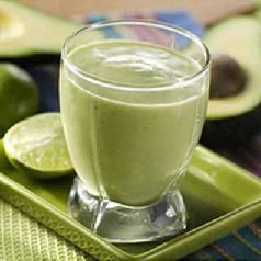 5 Ninja blender recipes: guacamole, creamy tomato basil blender soup, Simple Hollandaise Sauce, Quick and easy Blackberry Ice Cream, Protein Berry Smoothie