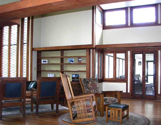 Walter V Davidson House 57 Tillinghast Place Buffalo NY 1908 Prairie Frank Lloyd Wright Two Story Cathedral Like Living Room Illuminated By A