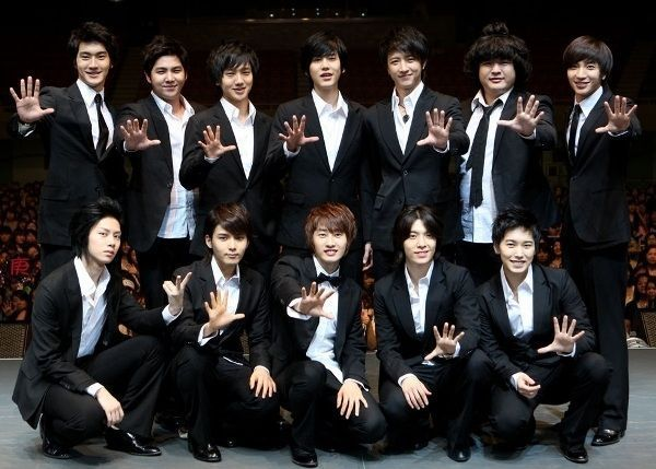 Google Image Result for http://www.asianbite.com/KoreaImages/Super-Junior-in-Japan-8.jpg