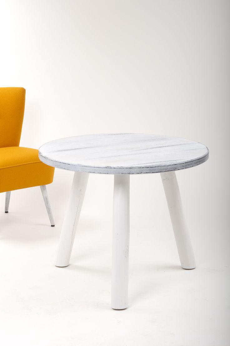 ber ideen zu lackierte tischplatten auf pinterest. Black Bedroom Furniture Sets. Home Design Ideas