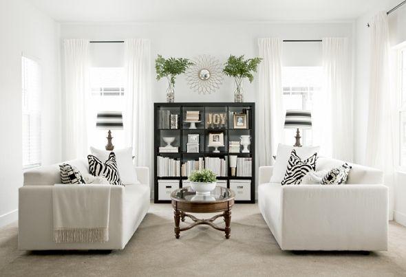 Зеркальная симметрия в гостиной
