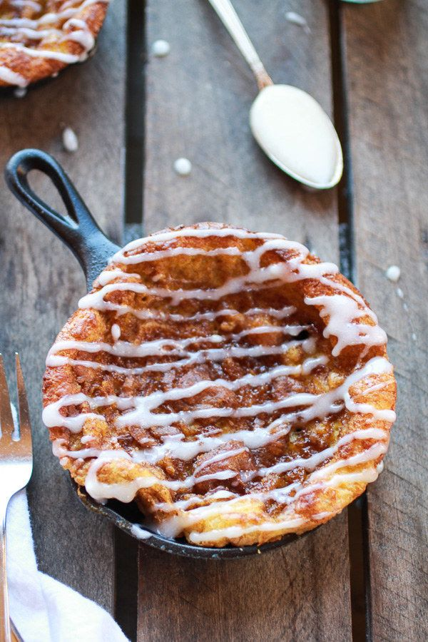 Chocolate Chip Pumpkin Cinnamon Roll Dutch Baby