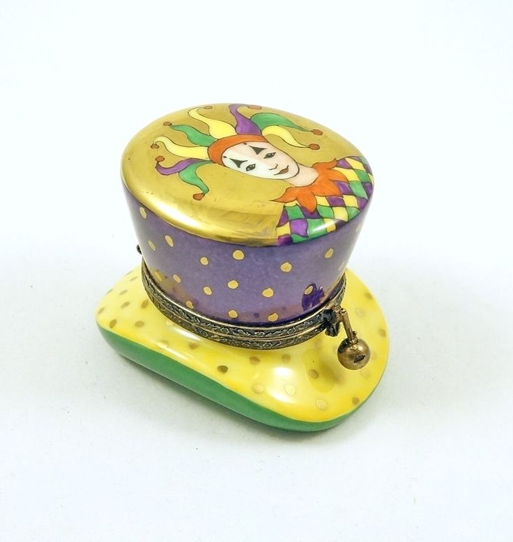 NEW FRENCH LIMOGES TRINKET BOX CAT ASLEEP IN CARNIVAL MASQUERADE HAT W CLOWN