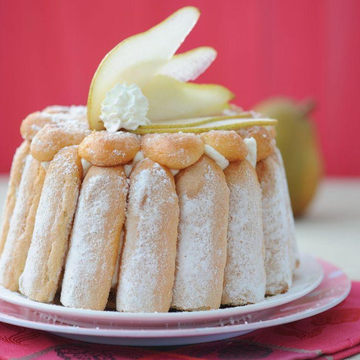 Découvrez la recette Charlotte aux poires sur cuisineactuelle.fr.