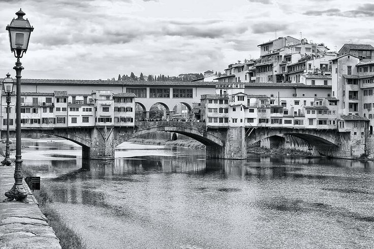 Ponte Vecchio, Florence in black and white. My #photo on Pinterest