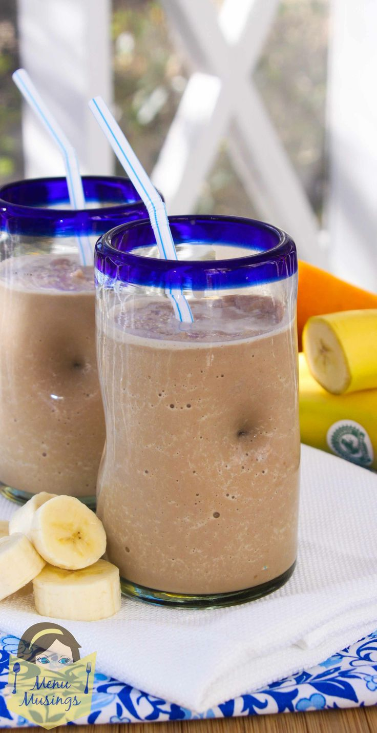 Funky Monkey Morning Smoothies – Delicious protein and potassium packed smoothie in less than 5 minutes to start your morning off strong without slowing you down, with step-by-step photos.