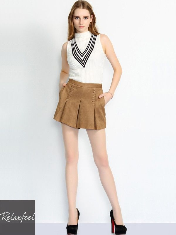 Relaxfeel Women's Suede Pleated Shorts - New In