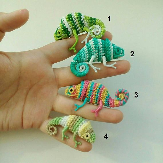 Chameleon brooch. Crochet decoration. Mini toy. Gifts for children. Amigurumi reptile,Cute brooches