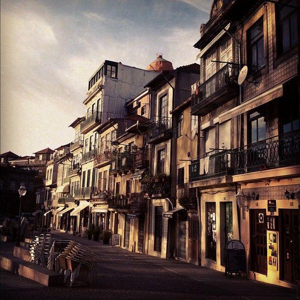 Adega Leonor in Porto, Porto