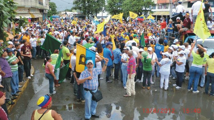 En Cagua esperando a Capriles