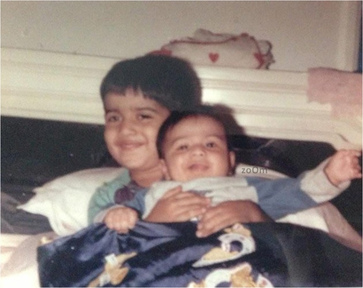 Varun Dhawan with his elder brother.
