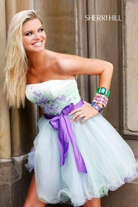 vestido de 15 corto celeste y violeta