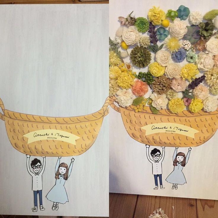 久しぶりにWiFiの調子が良さ気なので結婚式の時のお写真を。 ウェルカムツリーならぬウェルカムフラワー(勝手に命名)。 ゲストの方に葉っぱのハンコや指紋のスタンプなんてのはありますが、 葉っぱもかわいいけど、花にしたらもっとかわいいんちゃうの♡?と思い、これまたら友達のわだしょう@shooococoaにお願いして、2人で花カゴを、持ってるイラストを描いてもらいました♡ 想像以上にかわいく仕上がったお気に入りのウェルカムフラワー♡♡ #ウェルカムフラワー#ナチュラルウエディング#ウェルカムツリー#ウェルカムツリー的なもの#わだしょう#ワダショウコ