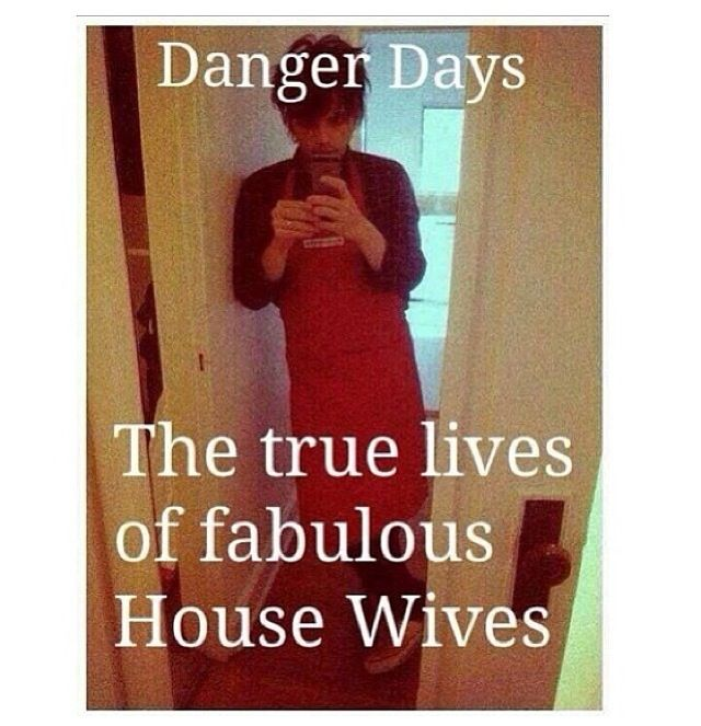 the true lives of the fabulous house wives :P