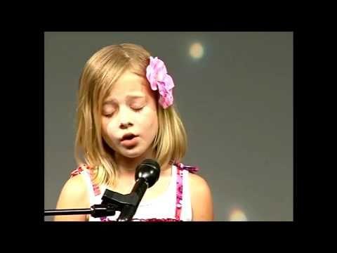 ▶ Jackie Evancho O Mio Babbino Caro June 2009 Singing Contest - .....9 years old....