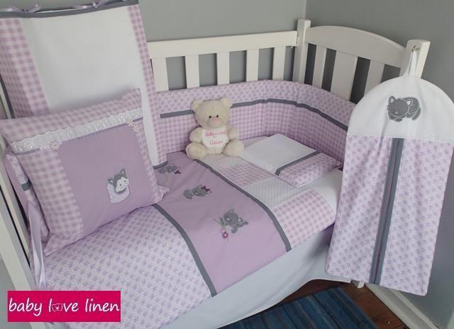 Furry Kittens-themed full cot set.
