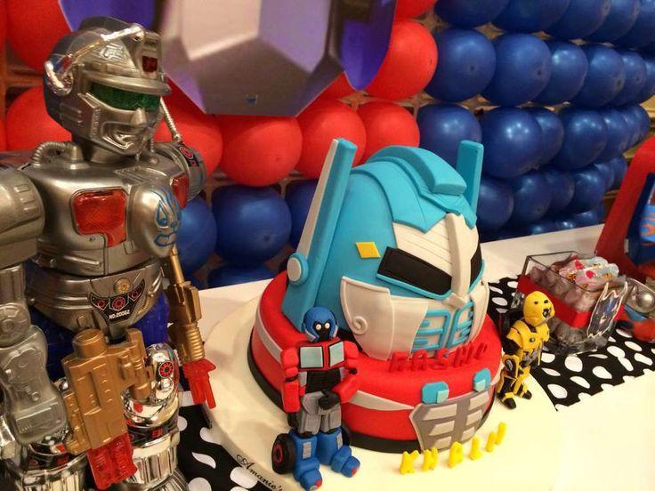 Ahora que los Transformers se encuentran en todas partes, con nuestras sugerencias, podrás tener una fiesta que ni los Autobots ni Decepticons olvidaran. Estos personajes nacieron como juguetes en 1984, luego crearon los dibujos animados y actualmente resurgieron gracias a las películas. Si tu hijo es fan de estos robots extraterrestres no puedes perderte estas …