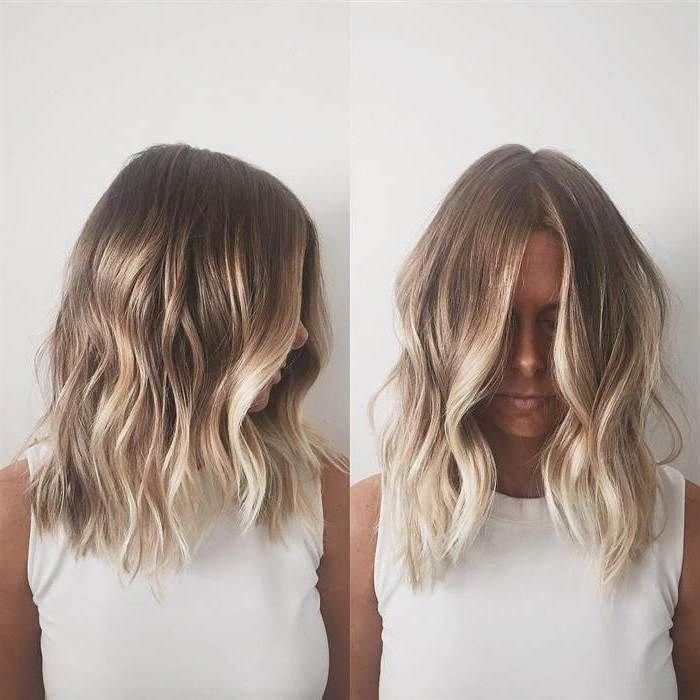 Summer Sun Kissed Hairstyle Shoulder Length Hair Parted In The Middle With Loose Wave Short Hair Balayage Thick Hair Styles Brown Hair With Blonde Highlights