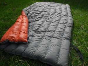 Gear Review: Enlightened Equipment Revelation 10 Degree Quilt - Appalachian Trials