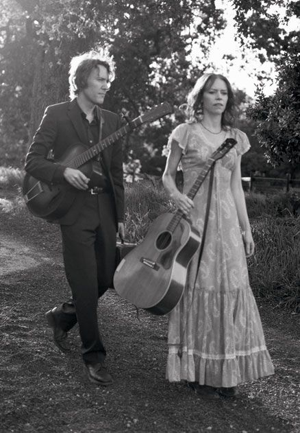 Just two Americana Music Award winners on a leisurely stroll. Way to go, Gillian Welch and Dave Rawlings: http://go.bmi.com/SfUA1Z