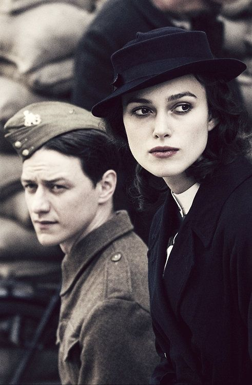 Keira Knightley & James McAvoy in Atonement