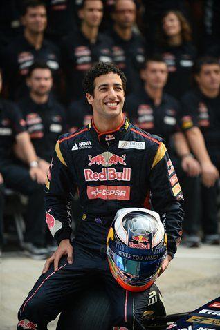 2013 F1 Pilot: Daniel Ricciardo for Scuderia Toro Rosso