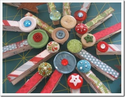 Magnets for the holidays: Christmas Cards, Gifts Ideas, Cute Ideas, Mod Podge Ideas, Buttons, Clothespins Magnets, Holidays Clothing, Clothing Pin, Crafts