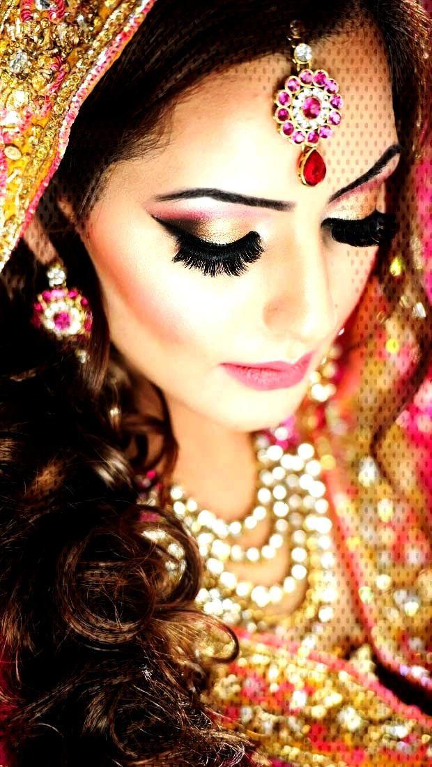 Beautiful Wedding Bridal Makeup Artist 2019 Hair Near And For Me Beautiful Bridal Make Beautiful Bridal Makeup Natural Wedding Makeup Makeup Near Me