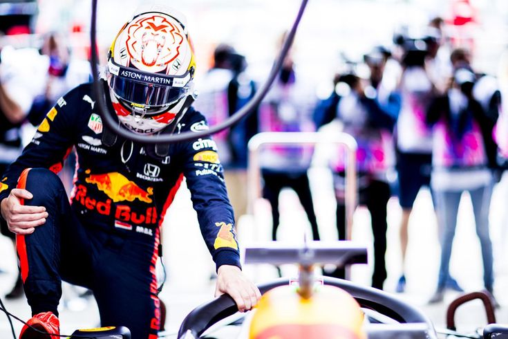 """Max Verstappen """"We are improving the machine every weekend"""""""