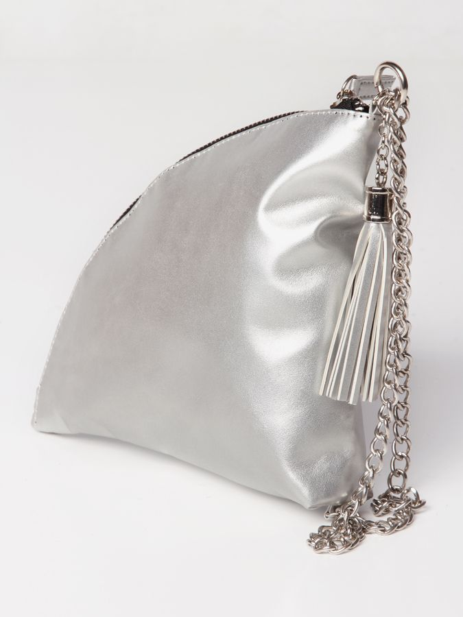 Zoey Quarter clutch bag #clutchbag #taspesta #handbag #clutchpesta #fauxleather #leather #glossy #trend #party #simple #elegant #stylish #color #silver Kindly visit our website : www.bagquire.com