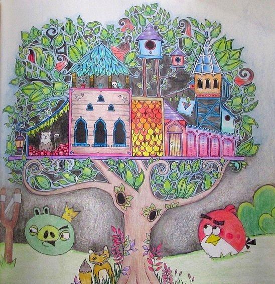 Essa é a minha casa na árvore com Angry Birds no Floresta Encantada. Apenas lápis de cor Maped 36 cores comuns. Jardimsecreto.org