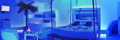 Nuit & Spa Grèce - Jacuzzi balnéo, lit suspendu et table de massage