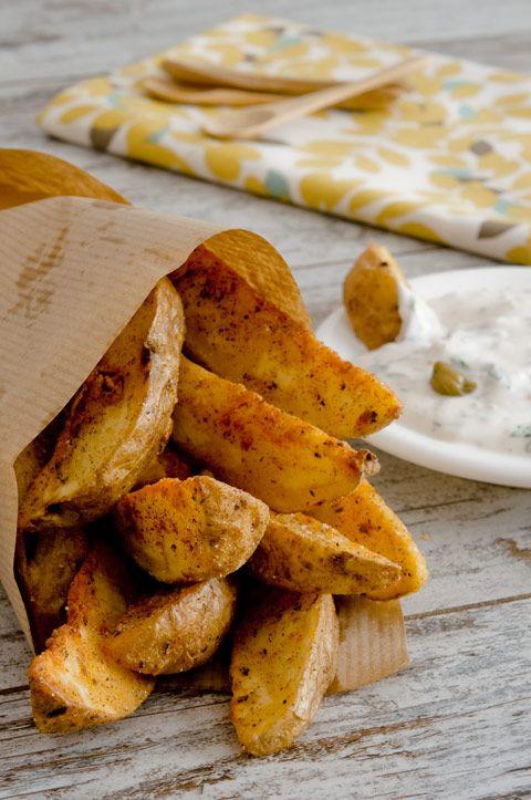 Patatas-gajo-con-salsa-tartara