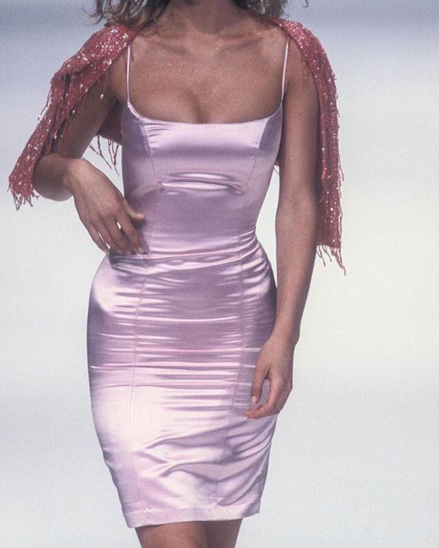 This Dress Y2k Fashion Runway Charlixcx Aesthetic Highend 90s 00s Retro Vintage Runway Dresses 90s Runway Fashion Fashion Inspo