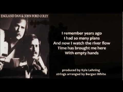 England Dan & John Ford Coley - Soldier In The Rain (+ lyrics 1977)