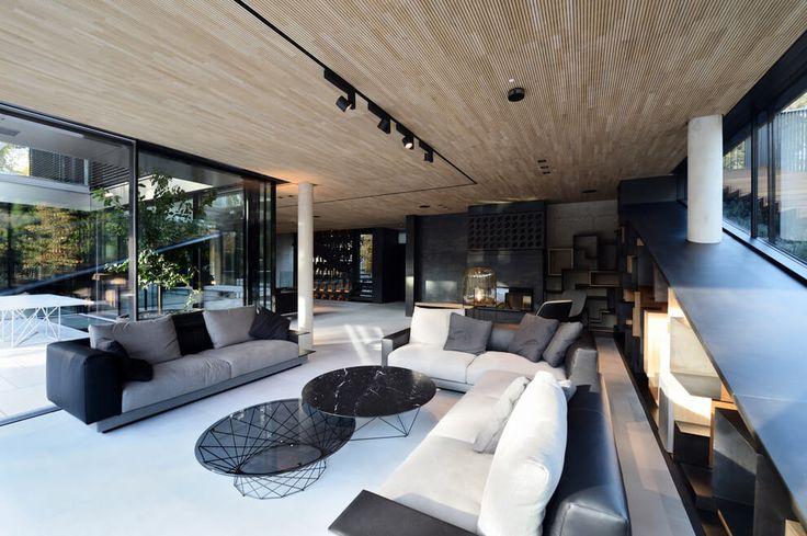 Residence 33 by Zoran Bodrozic