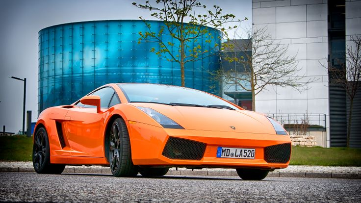 Rent a Lamborghini Gallardo