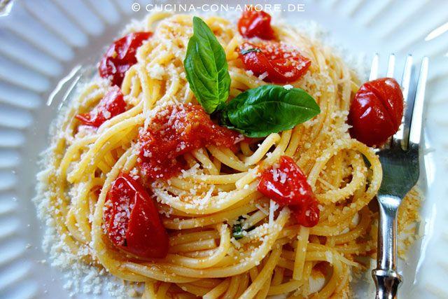 Spaghetti mit Kirschtomatensauce