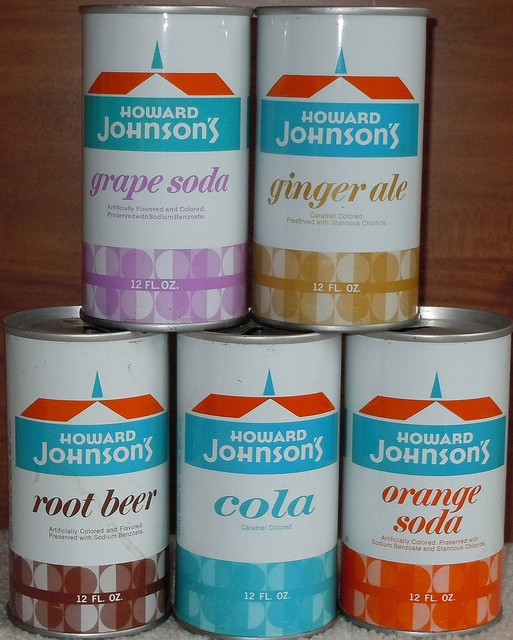 Howard Johnson's brand sodas. I only recently found out this existed. Looks like the old pull tab cans, too.