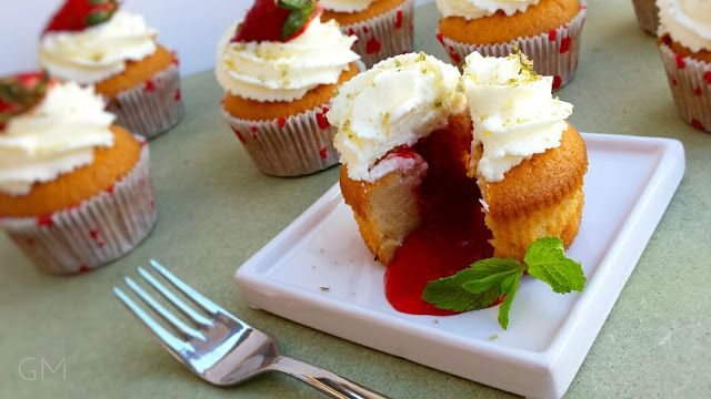 DOMA navařeno: Jahodové Cupcakes