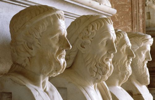 Rome's Top 10 : Musei Capitolini - Hall of the Philosophers    Roman copies of idealized Greek portrait busts of the greatest Hellenic poets and thinkers fill this room, including the blind epic poet Homer.