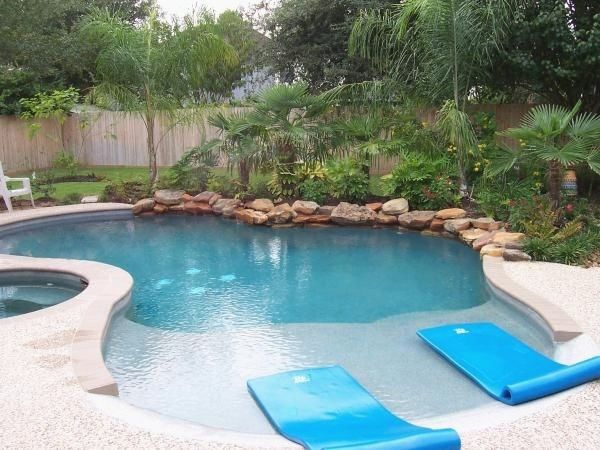 37 Gorgeous Backyard Pool Ideas With Inground Landscaping Design Swimming Pool Prices Beach Entry Pool Cool Swimming Pools