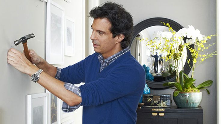 O creative director Adam Glassman shows a young homeowner that a little clutter is sometimes key - especially when it comes to personalizing your space.