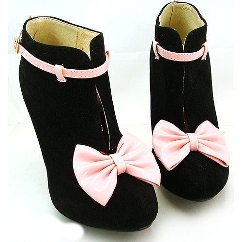 #ankle bows ... black & pink perfection