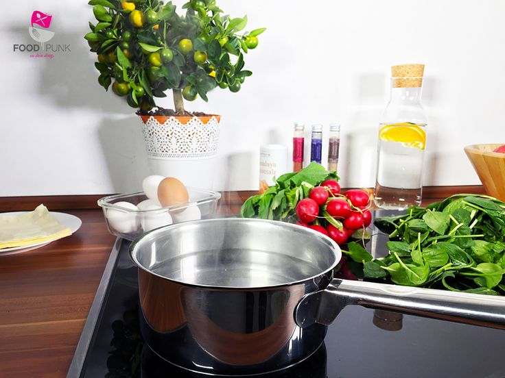 Die besten 25 pochierte eier ideen auf pinterest gesunde ei rezepte gesundes eierfr hst ck - Eier kochen weich ...