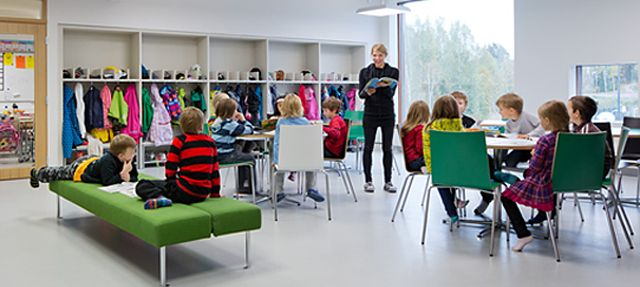 What a wonderful school building - would love my kids to be able to go to one like this Saunalahti School, Verstas Architects, Finnish education system success, PISA, Espoo, Helsinki, Finland