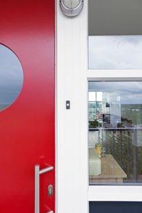 Begint jouw vrije leventje met lage woonlasten achter deze frisgeschilderde voordeur?