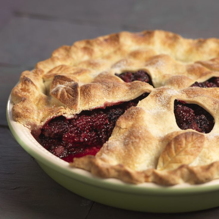 Lemon zest and cinnamon add a touch of tang and spice to sweet blackberries in this blackberry pie.