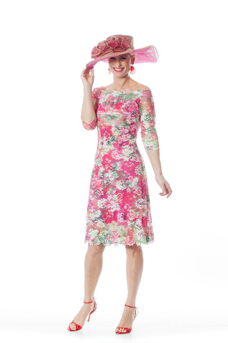 CC 394 - | Trakteer uzelf op de perfecte bruidsmoederkleding van vele topmerken. Ook specialist in mooie feest- of avondkleding.