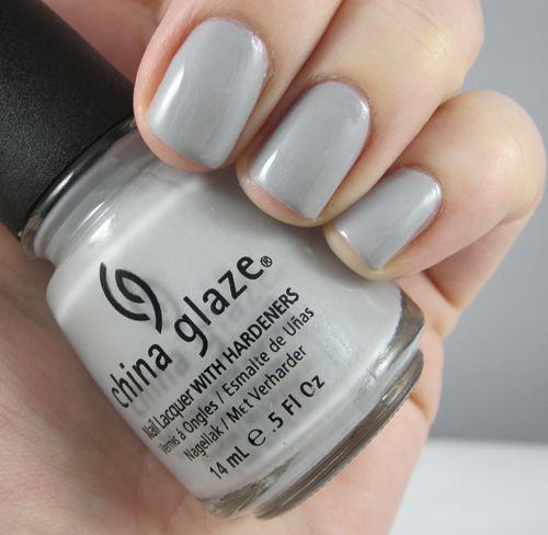 China Glaze - Esmaltes de uñas - Maquillalia - España - China Glaze - China Glaze *Anchors Away* - Esmalte de uñas - CG80971: Pelican Grey